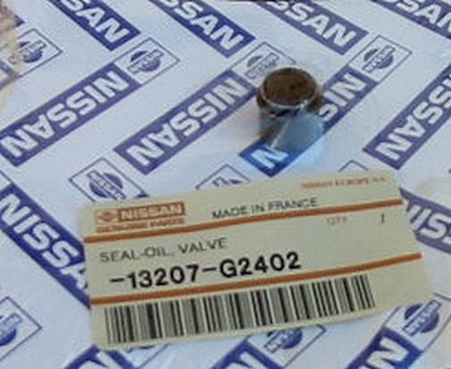 NISSAN 13207-G2402 VALVE STEM OIL SEAL